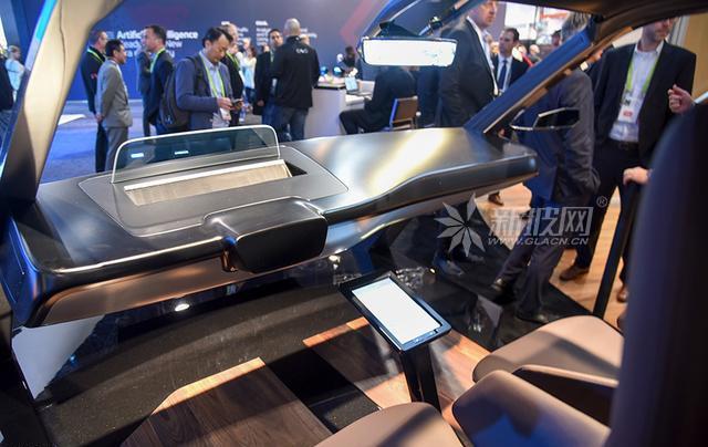 未来新视界 后视镜和车玻璃也有高科技