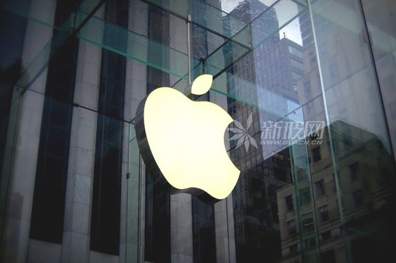 苹果申请新专利:挡风玻璃/后视镜可有效过滤远光污染