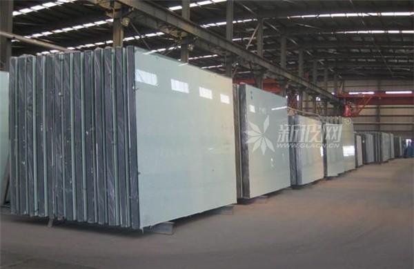 玻璃消费自北至南回落,国内浮法玻璃均价上涨