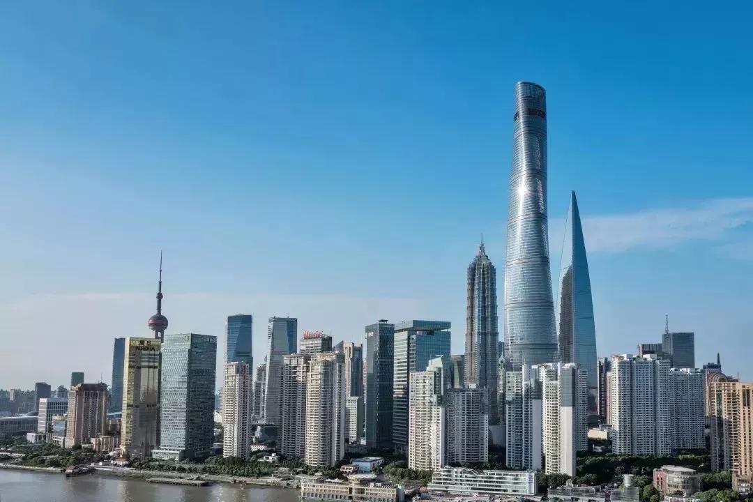 《流浪地球》中,上海中心大厦的玻璃让人惊呆!