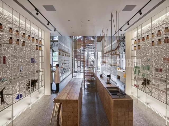 超美的玻璃屋设计美的有点浮夸了
