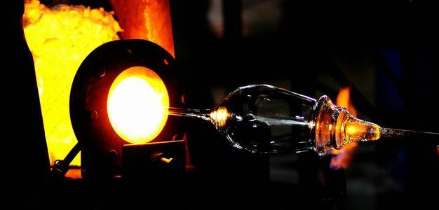 闻喜玻璃产业着力突破传统