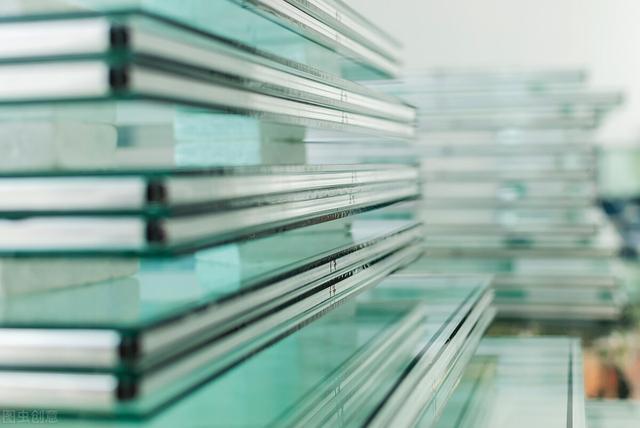 中国玻璃首季玻璃产品之销售额涨约73%